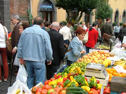 Shopping for your food in the market is an artful way to live!